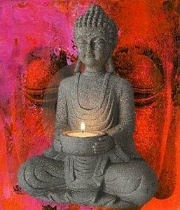 Mediterende Boeddha met kaarshouder